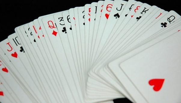 Advantages of online casinos over landlocked casinos