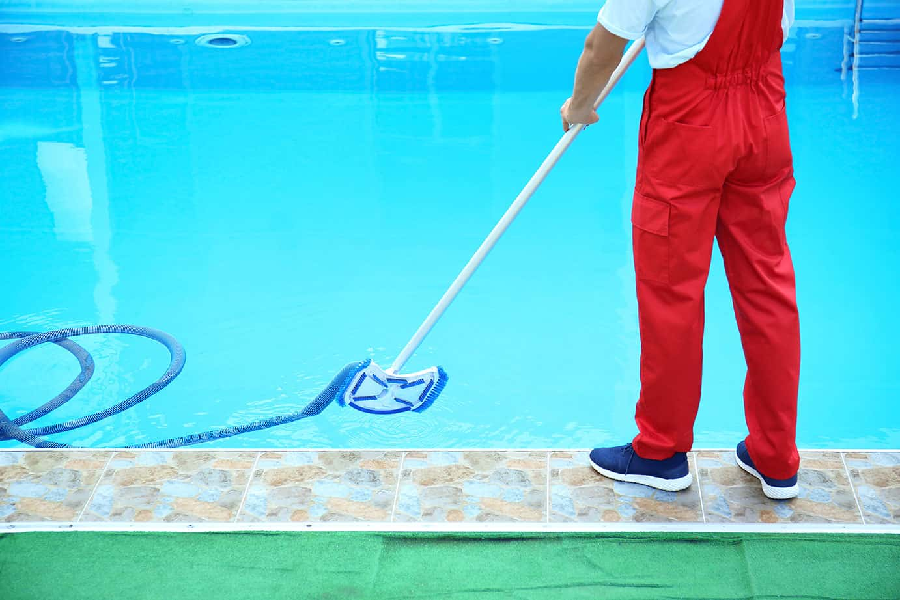 3 Ways to Improve Your Pool Cleaning Company