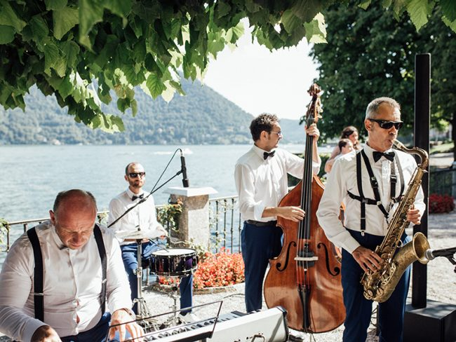 Choose the Best Live Performance Band for Your Wedding